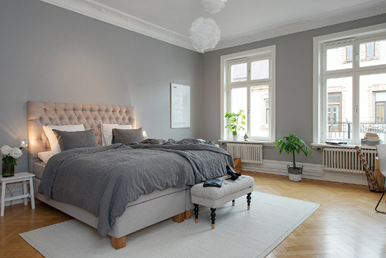 Elegancia en blanco y gris kenay home for Decoracion piso oscuro