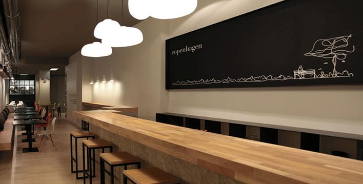Descubre el estilo escandinavo del restaurante copenhagen for Muebles estilo nordico buenos aires