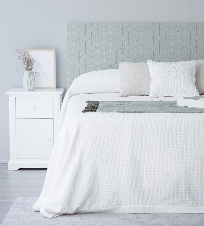 Dormitorios Con Estilo: Dormitorios Con Estilo Romantico. Vista Frontal Del
