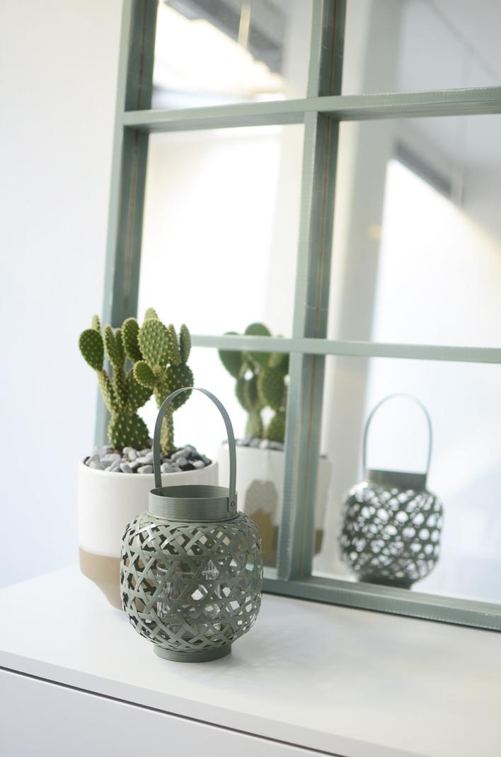 Nuevos espejos para decorar tu hogar kenay home for Espejos ovalados para decorar