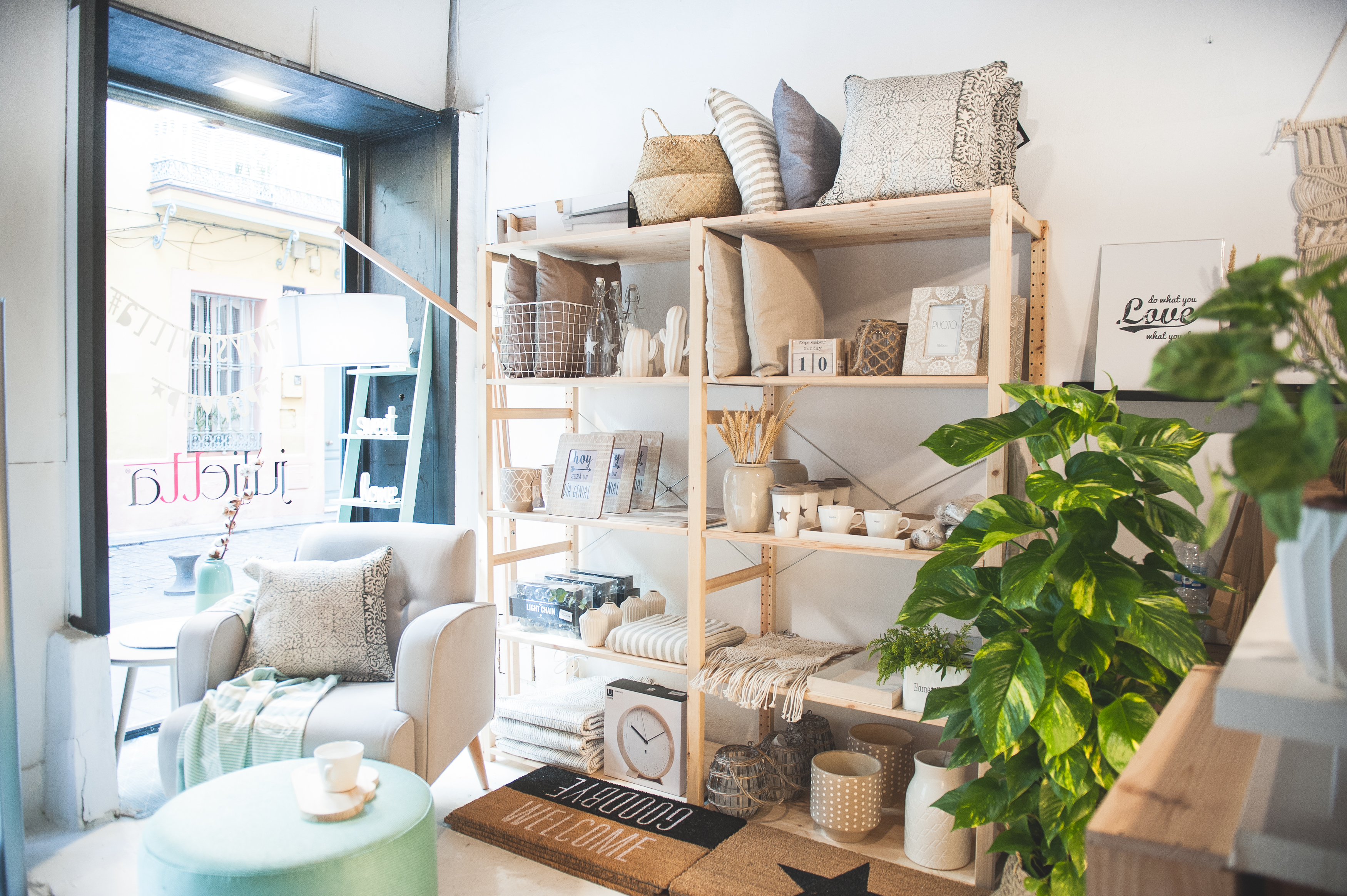Tienda de decoracion en sevilla free best latest tiendas for Decoracion hogar lleida