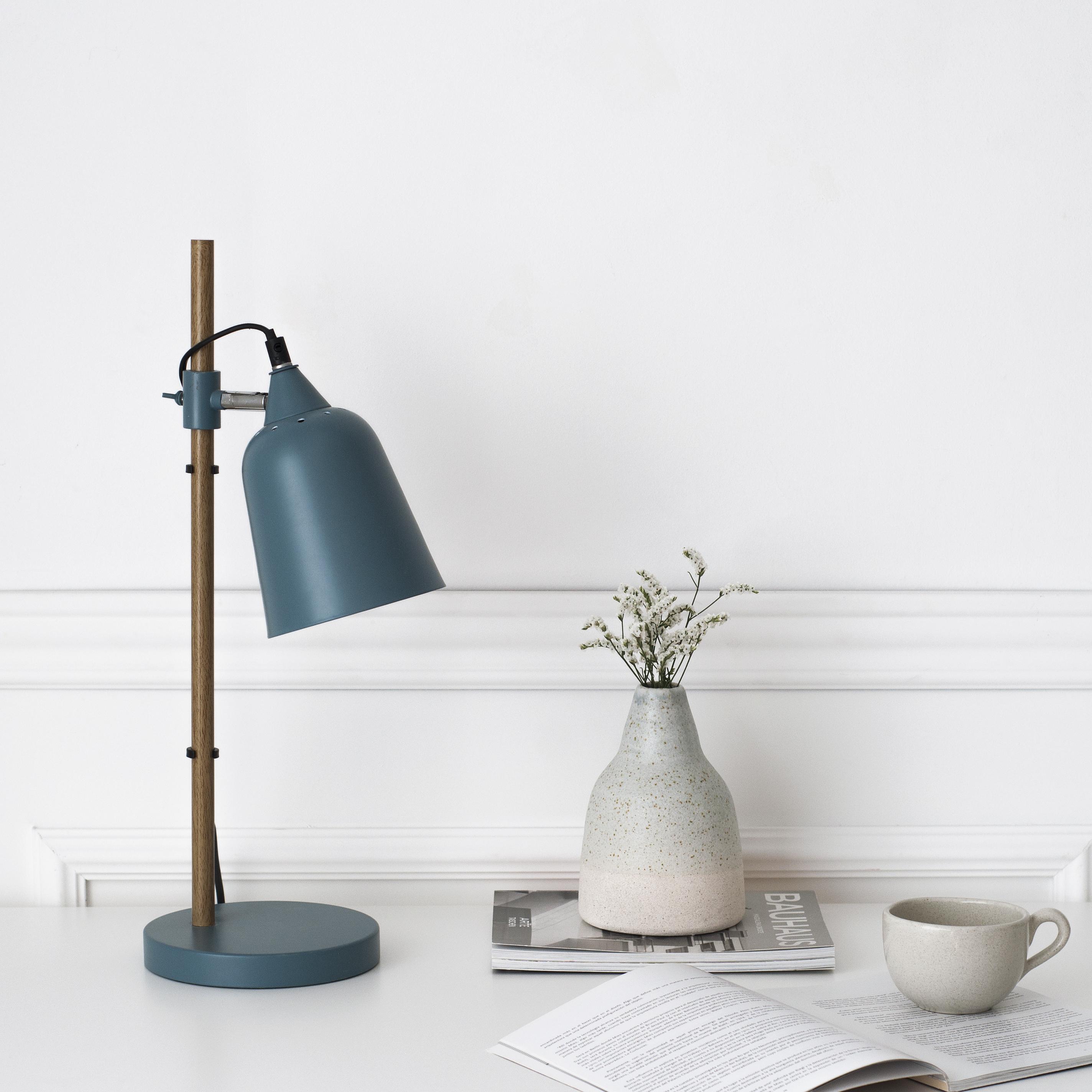 KP-1265AZ Crom lámpara de mesa azul 01