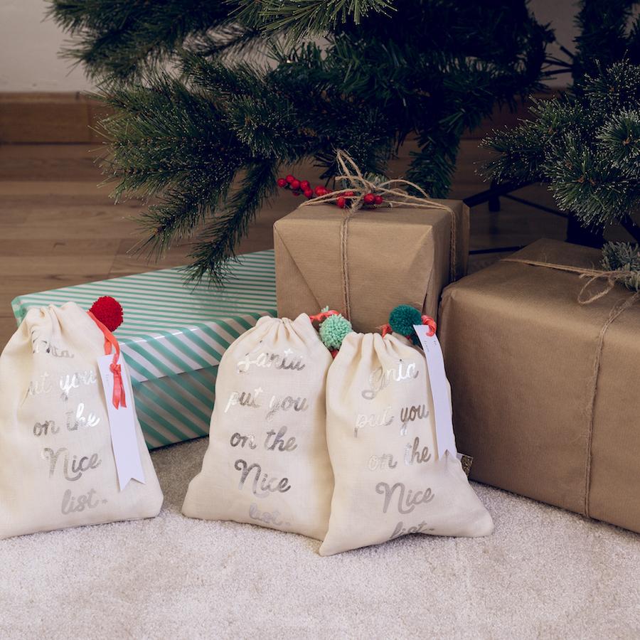 KRI-0019 Pompon bolsas de regalo 01