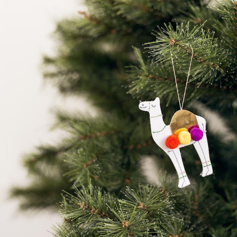 KRI-0012 Camel adorno navidad 01